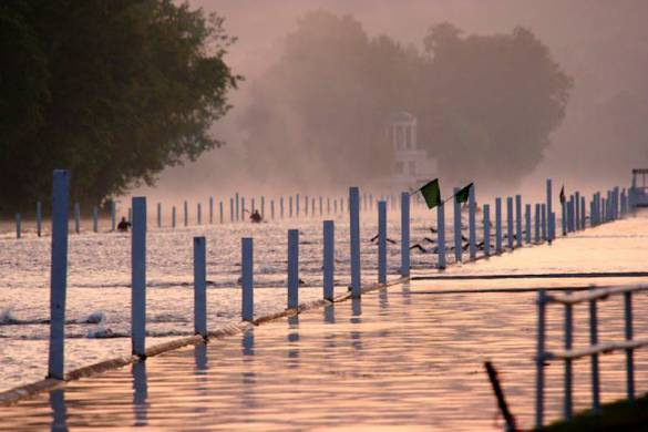 paul-bates-henley-swim-2013-at-4-30-in-the-morning-30-6-13