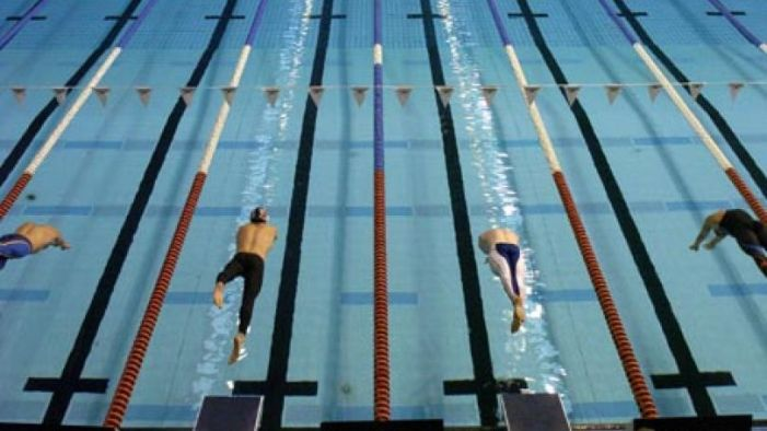 diving_off_starting_blocks_1_810_456_80_s_c1