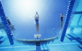 competitive-swimming-teaches-you-all-kinds-of-lessons-_16001230_79515_0_14107085_500-320x200