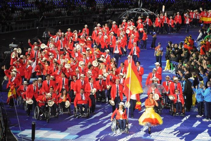 desfile-equipo-paralimpico-espanol
